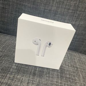 BRAND NEW APPLE AIRPODS ❗️❗️❗️❕